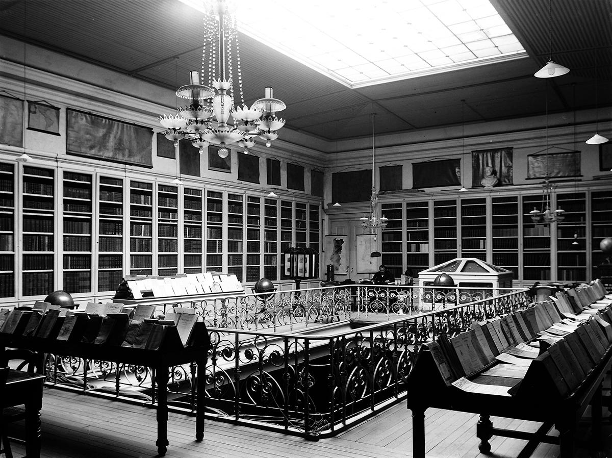 1911-Biblioteca SGL